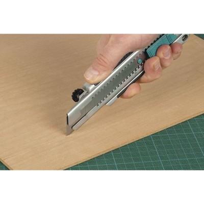 Nóż profesjonalny z odłamywanym ostrzem 25 mm WOLFCRAFT (nr kat. 4081000)