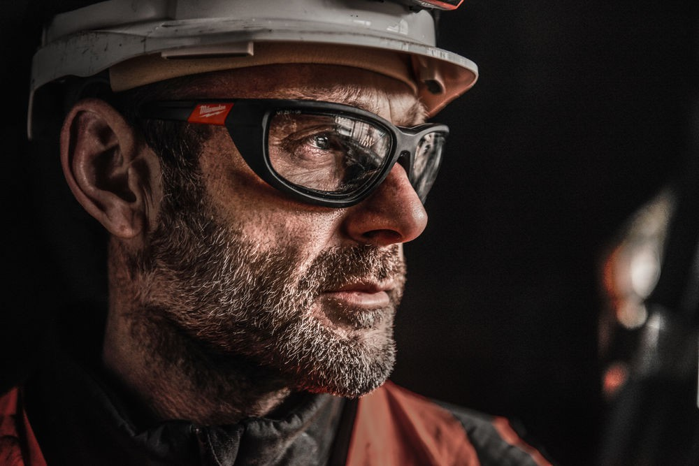 Okulary ochronne bezbarwne z uszczelką Premium MILWAUKEE (nr kat. 4932471885)
