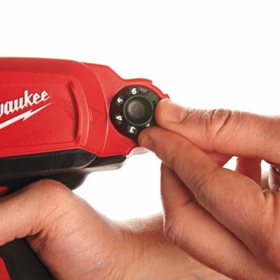 Pistolet do kleju akumulatorowy 400ML M12 PCG 400A-0 MILWAUKEE (nr kat. 4933441780)