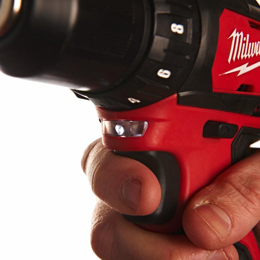Wiertarko-wkrętarka akumulatorowa 38 Nm M12 BDD-402C MILWAUKEE (nr kat. 4933441925)