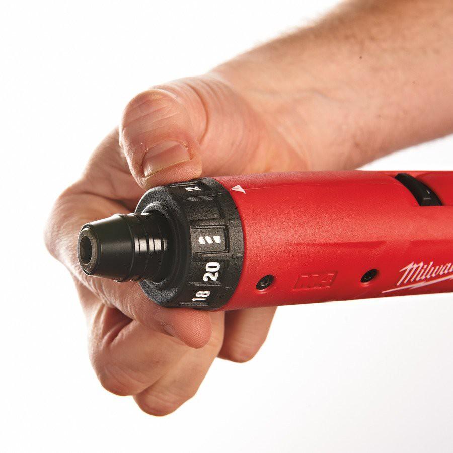 Wiertarko-wkrętarka akumulatorowa 5 Nm 244 mm M4D-202B (nr kat. 4933440475)
