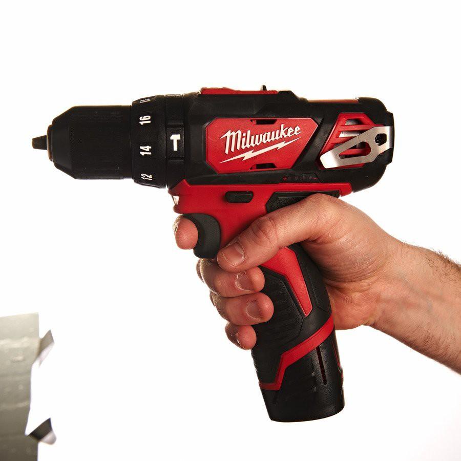 Wiertarko-wkrętarka udarowa akumulatorowa 30 Nm M12 BPD-0 (nr kat. 4933441950)