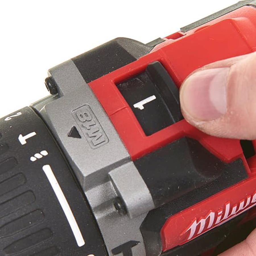 Wiertarko-wkrętarka udarowa akumulatorowa 60 Nm M18 CBLPD-402C MILWAUKEE (nr kat. 4933464537)